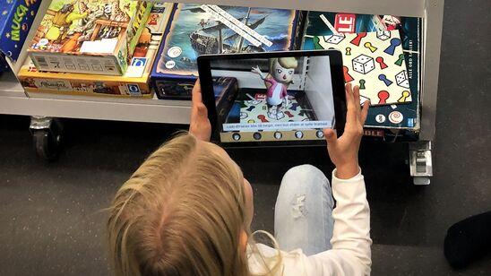 "AR-app'en ""Bibliobitternes ø"" testes i børnebiblioteket"