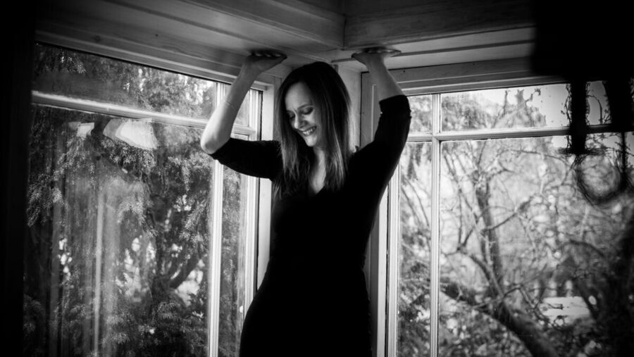 Forfatter Maren Uthaug - fotograf Kajsa Gullberg