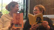 Litteraturformidler Nanna Damsgaard og bibliotekar Marit Juhl mødes stadig og taler om litteratur den første mandag i måneden.